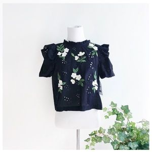 NWT ∙ Zara ∙ Floral Embroidered Eyelet Tie Top
